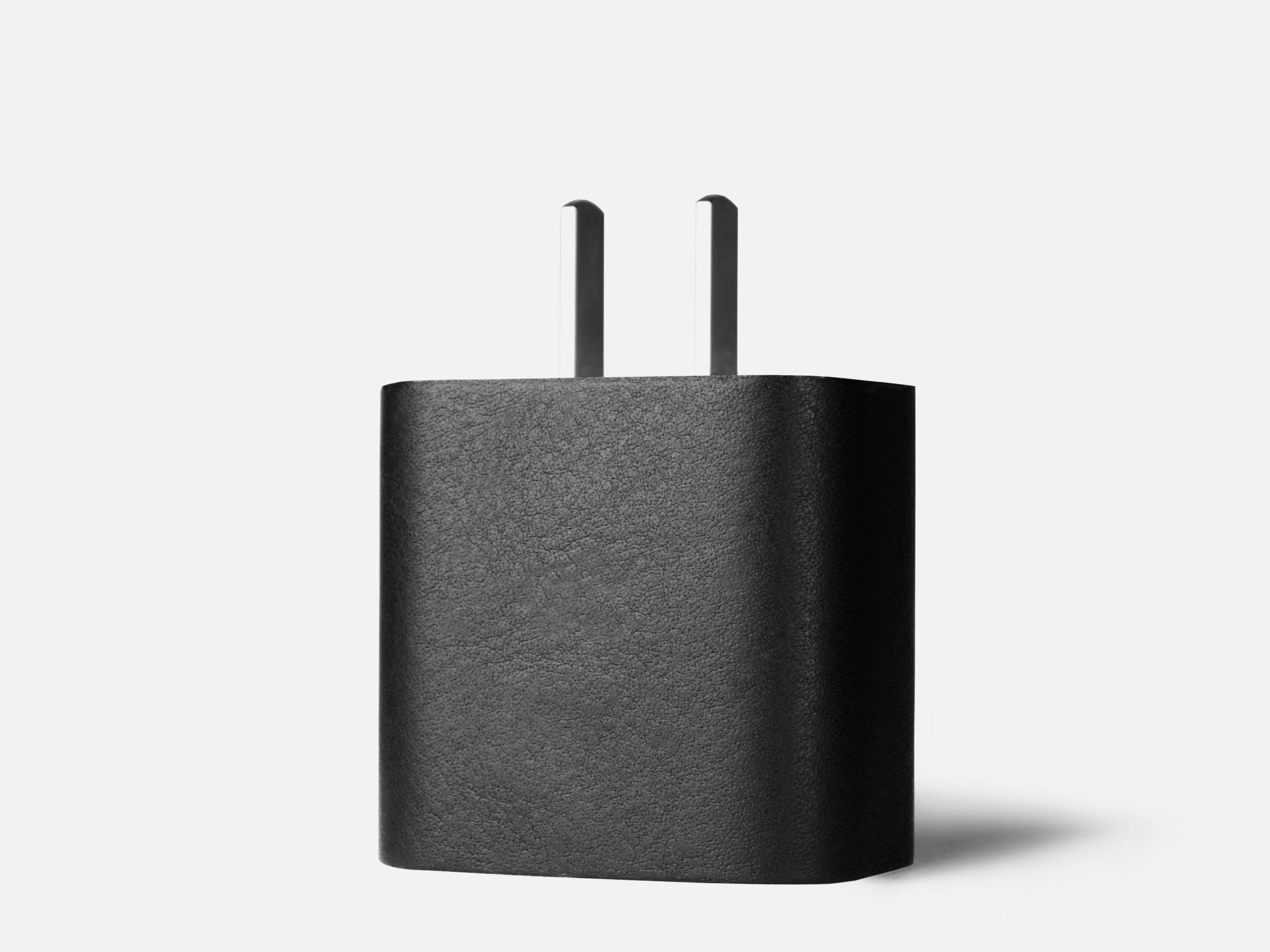 117 Leather Sticker  |  18W USB-C (US)