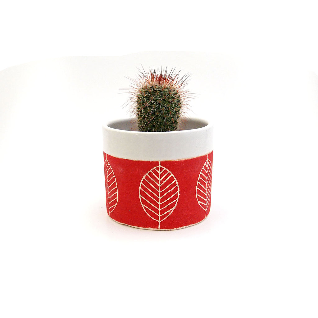 Small Red Leaf Planter/Bowl/Container