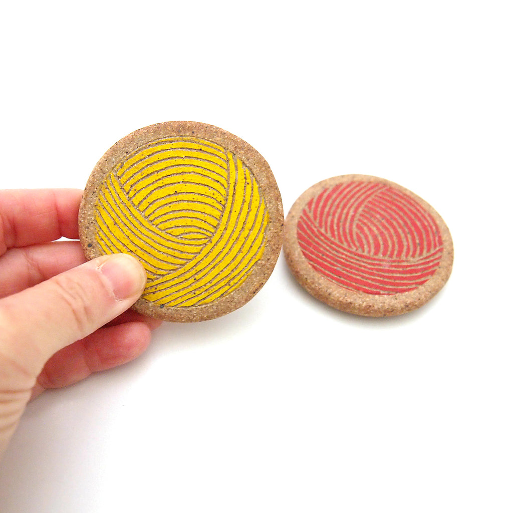 Set of 2, Balls of Yarn Magnets