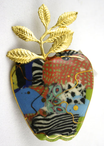 Jewelry 10 Large Apple Pin