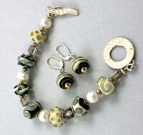 Cecillia Labora Studio Flamework Glass Jewelry