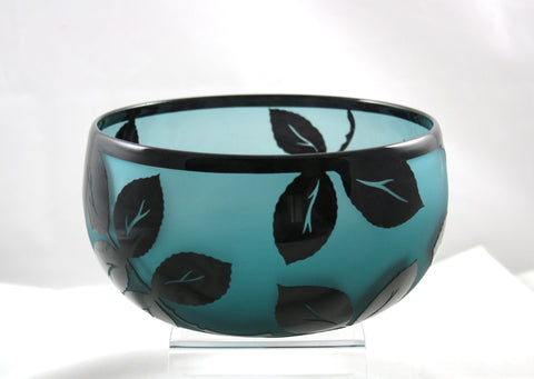 Correia Art Glass Emerald Black Leaves Bowl
