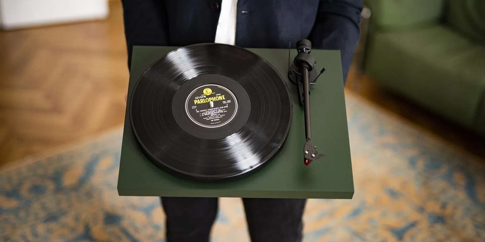Pro-ject-carbon-evo-green