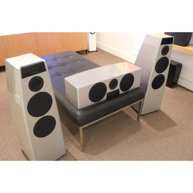 Meridian DSP5200 3 Channel Active Speaker Combo - Christchurch