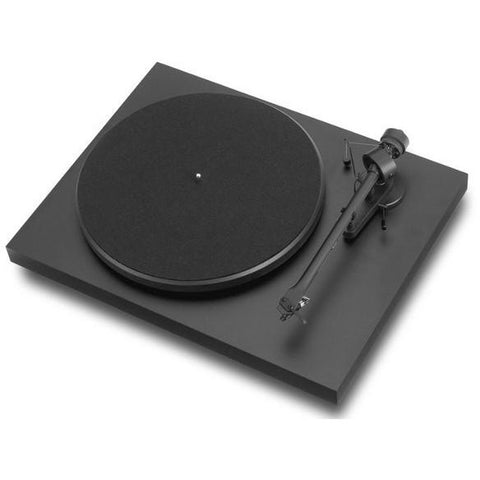 Pro-Ject Debut Carbon Turntable with Ortofon OM10 Cartridge