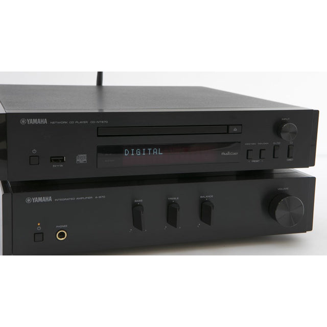 Yamaha Compact Hi-Fi System With Monitor Audio Speakers