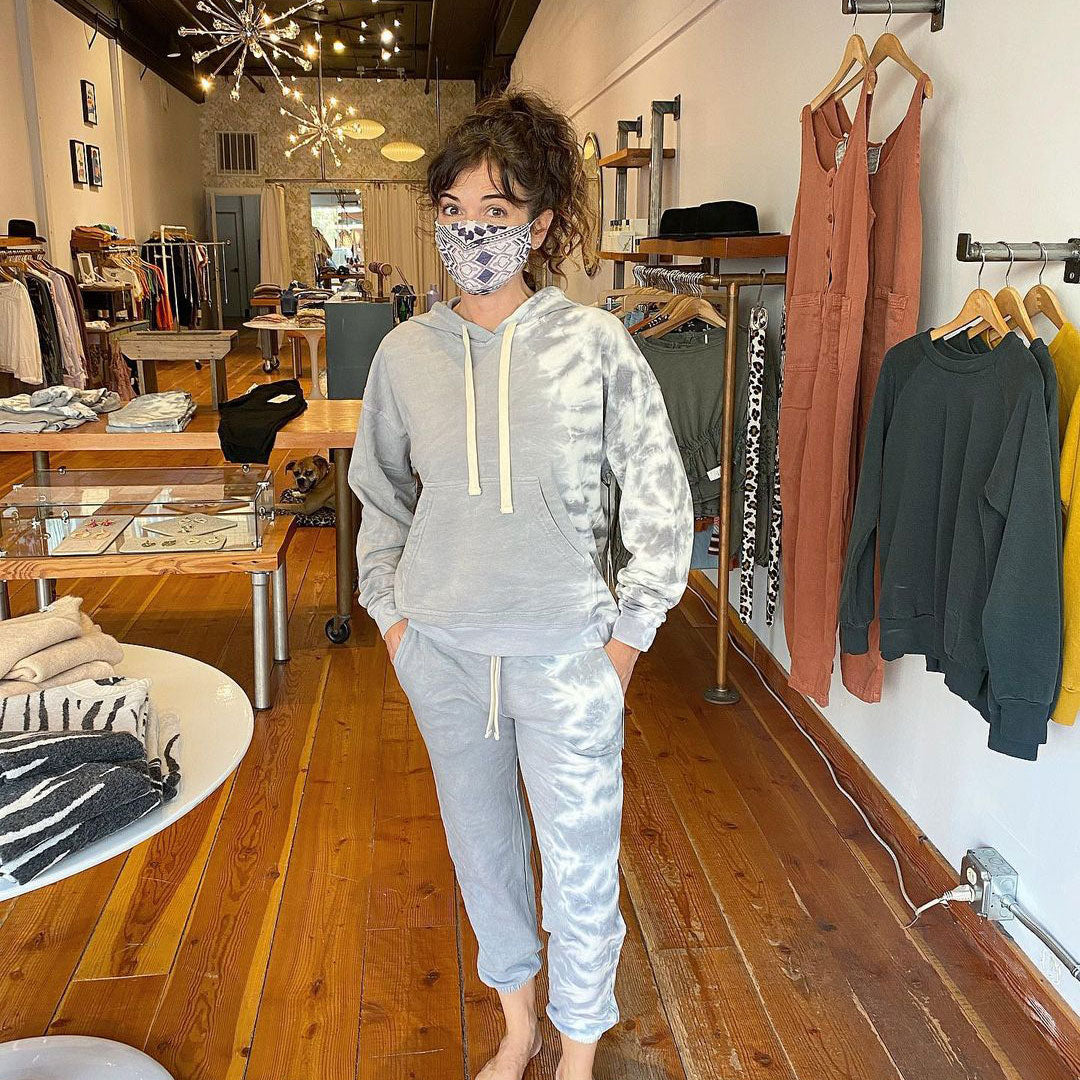 Parts-and-Labour-Womens-Clothing-Store-Hood-River-Oregon-Electric-&-Rose-Jogger-Set