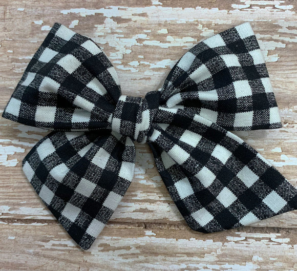 Black/white plaid check~ Pinwheel Bow