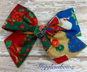 Christmas Patchwork ~ Pinwheel Bow