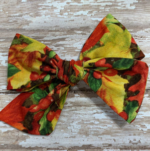 Vibrant Fall Leaves // Pinwheel bow