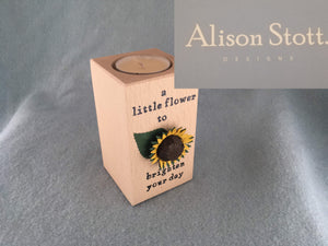Wooden tealight holder sunflower