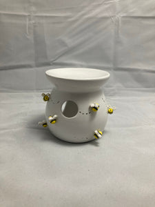 Wax burner with bees