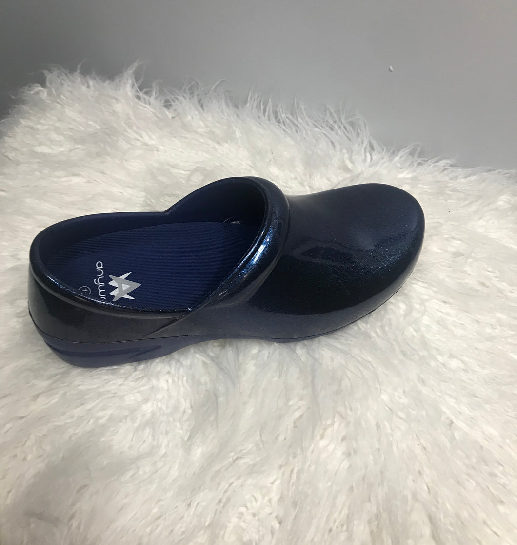 Pearlized Navy Crocs