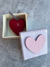 Load image into Gallery viewer, Boxed felt Heart - 3 variants