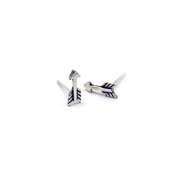 Silver Arrow Stud Earrings > 404