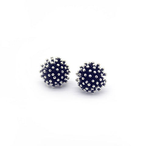 Silver Blossom Stud Earrings > 407