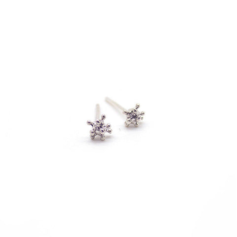 Silver Cluster Stud Earrings > 411