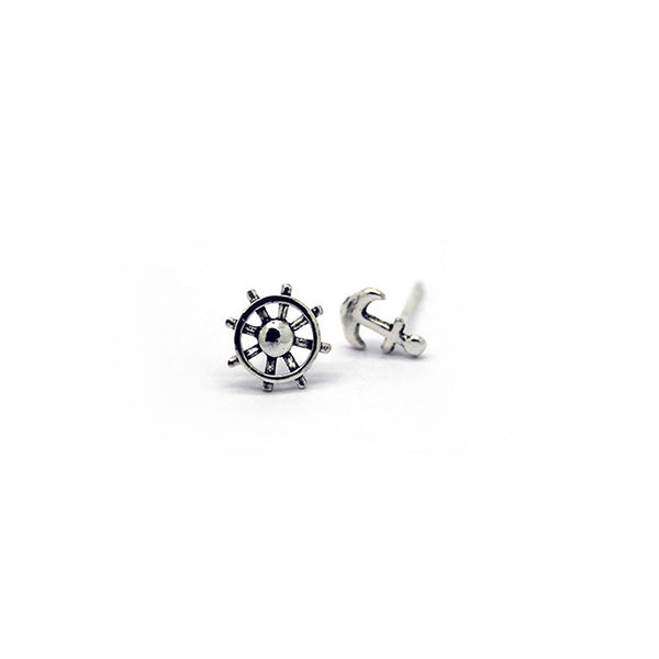 Silver Sailing Stud Earrings > 414