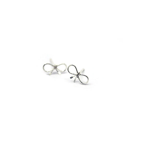 Silver Tiny Bow Stud Earrings > 417