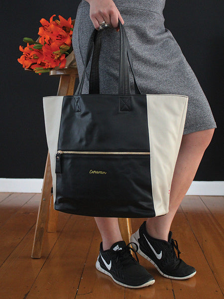 Carry-All Leather Bag > Off White
