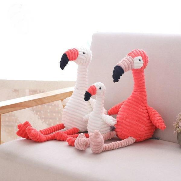 Peluche flamant-rose velours assis