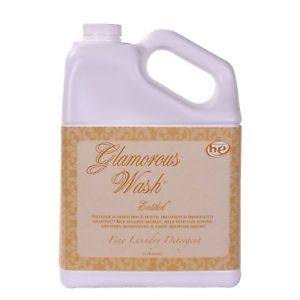 Entitled Glamorous Wash 32oz