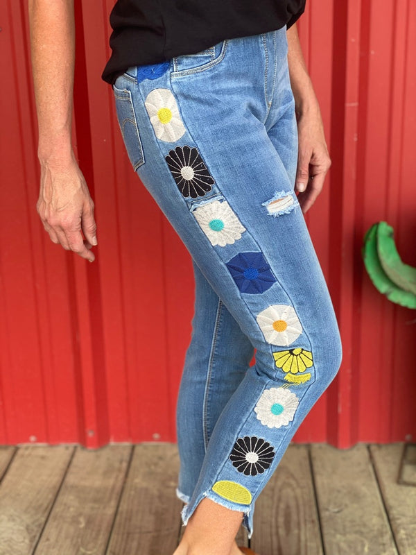OMG Daisy Side Embroidered