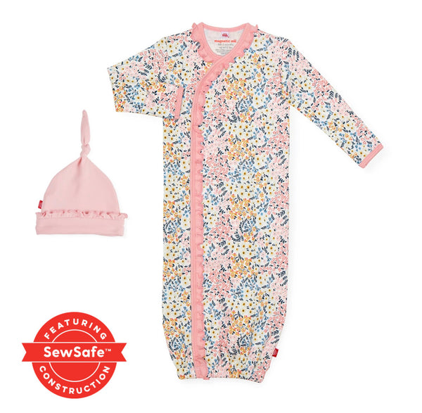 Chelsea Organic Cotton Magnetic Gown and Hat