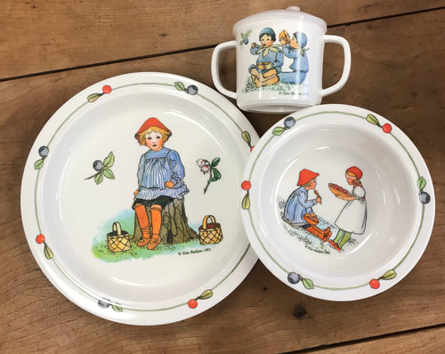 Peter in Blueberry Land Dish Set