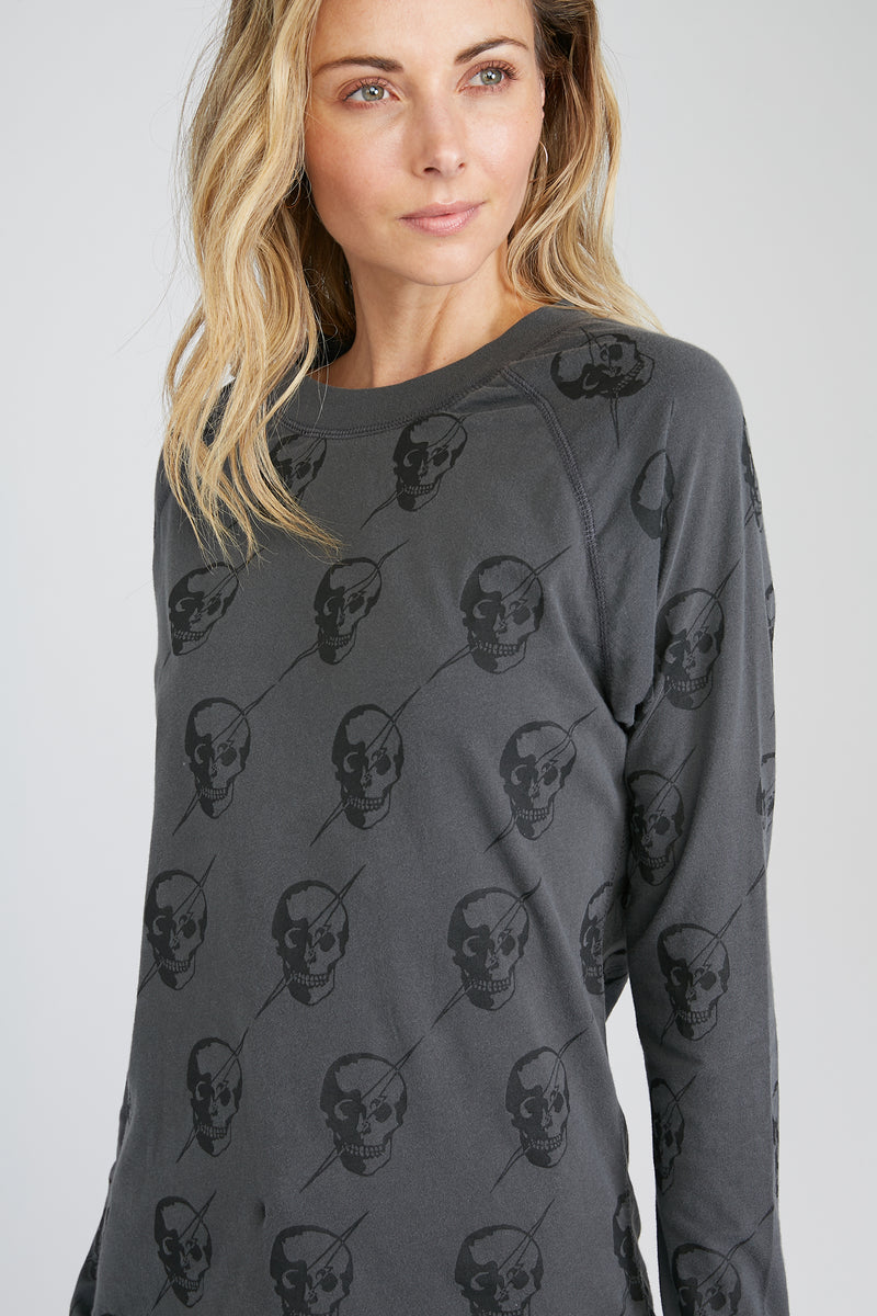 CHRLDR-All-Over Lightning Skulls — High-Low Long Sleeve T-Shirt