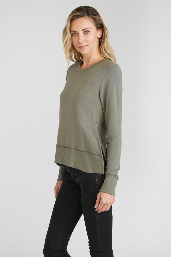 CHRLDR-Essential — Side Slit Sweatshirt