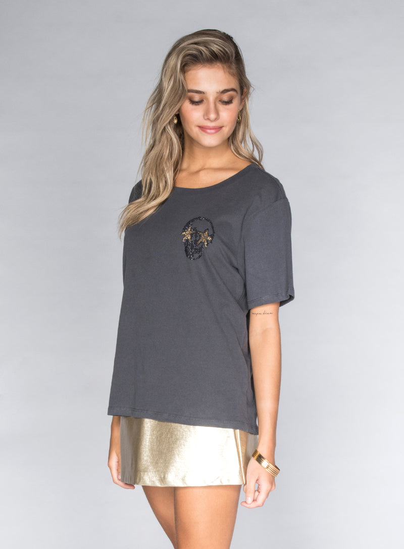 CHRLDR-STUDDED MINI SKULL STARS - Wide T-Shirt