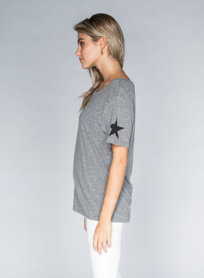 CHRLDR-SLEEVE STARS - Wide T-Shirt