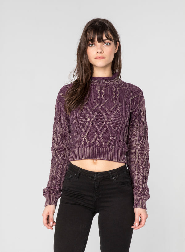 CHRLDR-MONIKA - Cable Knit Fitted Sweater