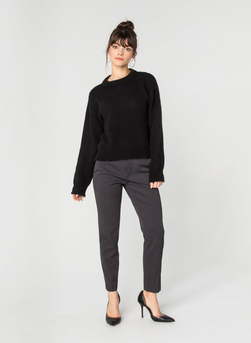CHRLDR-SARAH - Raw Edge Dropped Sweater