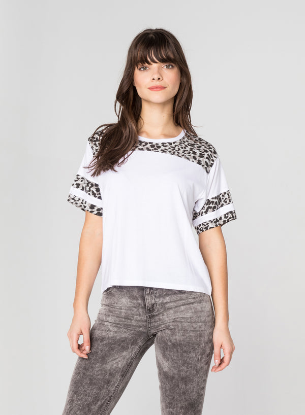 CHRLDR-GREY LEOPARD - Football T-Shirt