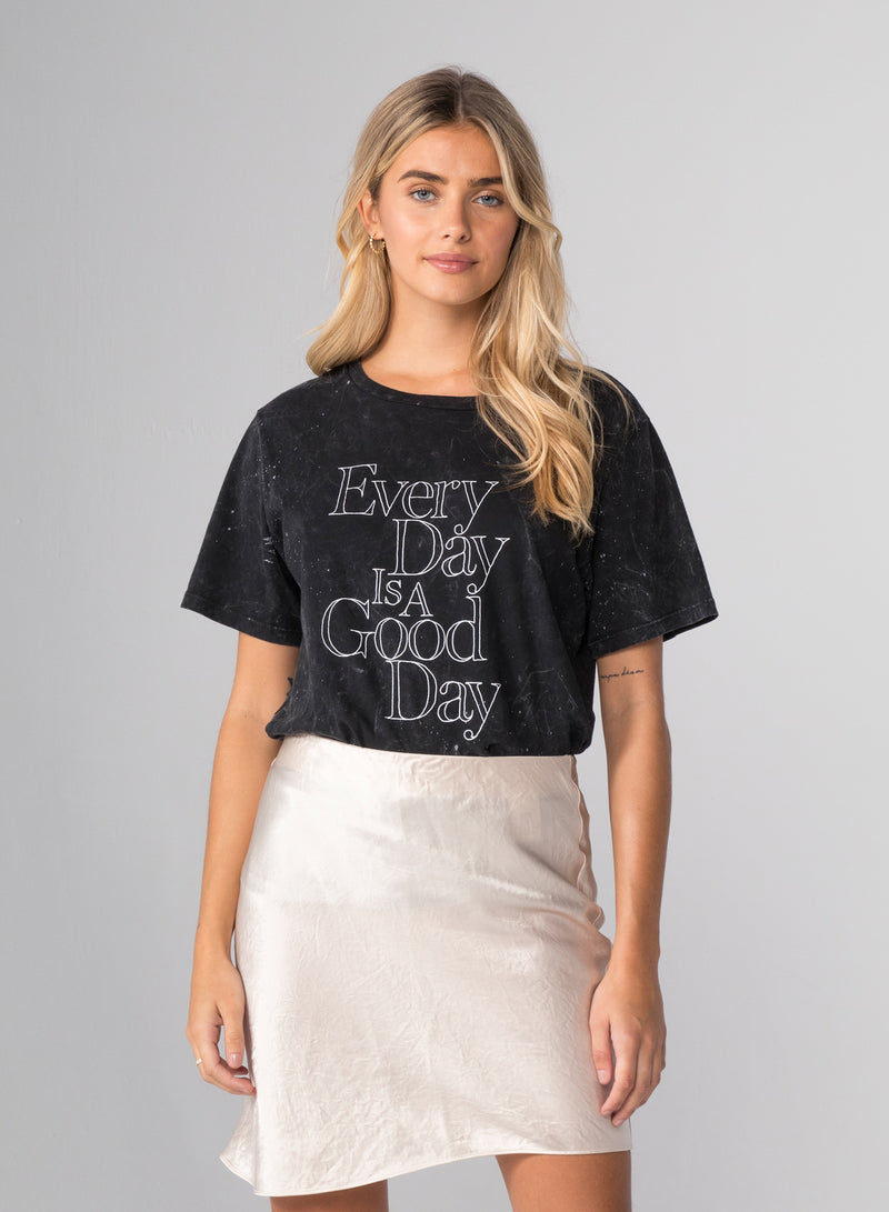 EVERY DAY - Wide T-Shirt