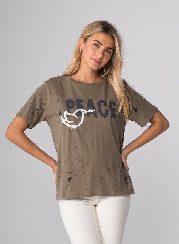 PEACE - Wide T-Shirt