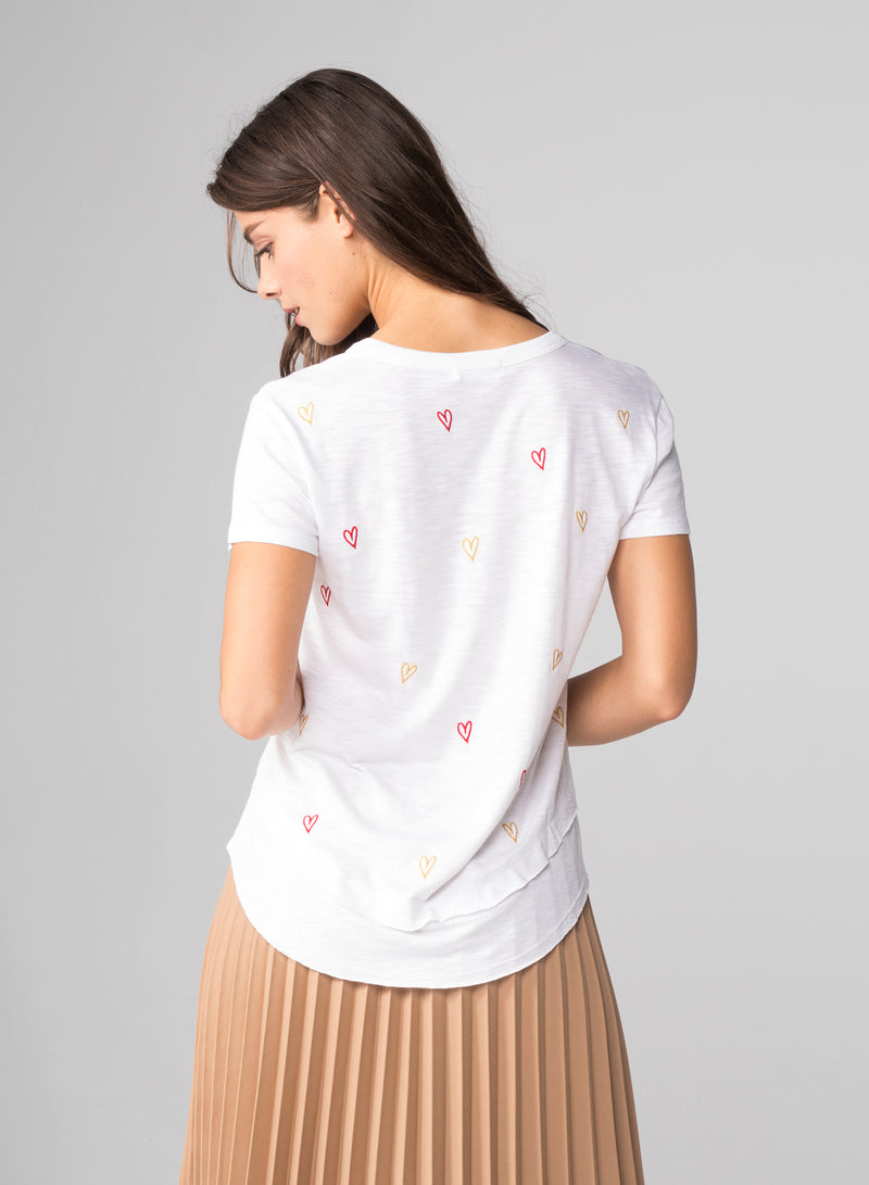 ALL OVER DOODLE HEARTS - Mock Layer T-Shirt