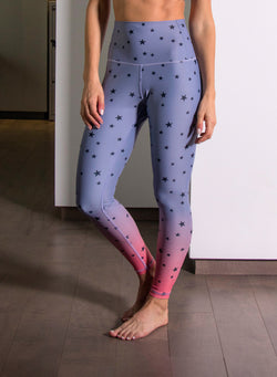 ALL-OVER SCATTERED STARS - High Waisted Leggings