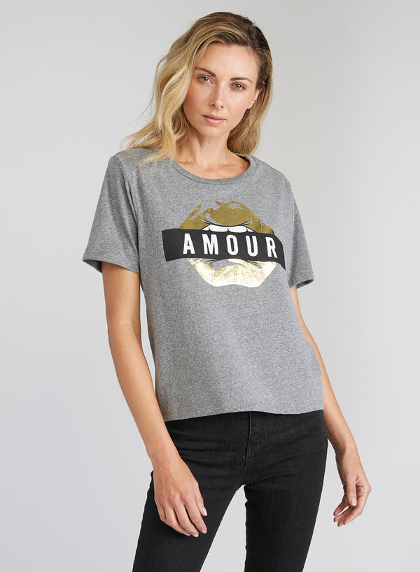 CHRLDR-AMOUR — Wide T-Shirt