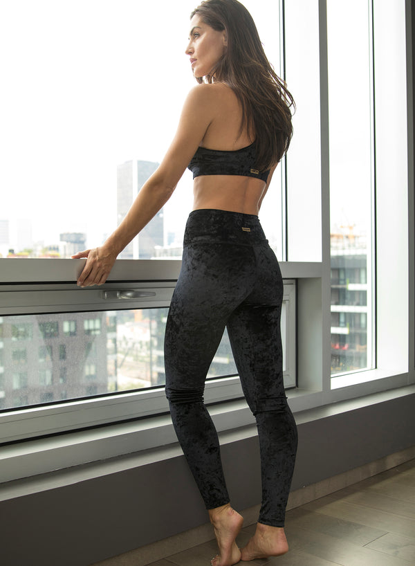 VICTORY VELOUR - High Waisted Leggings