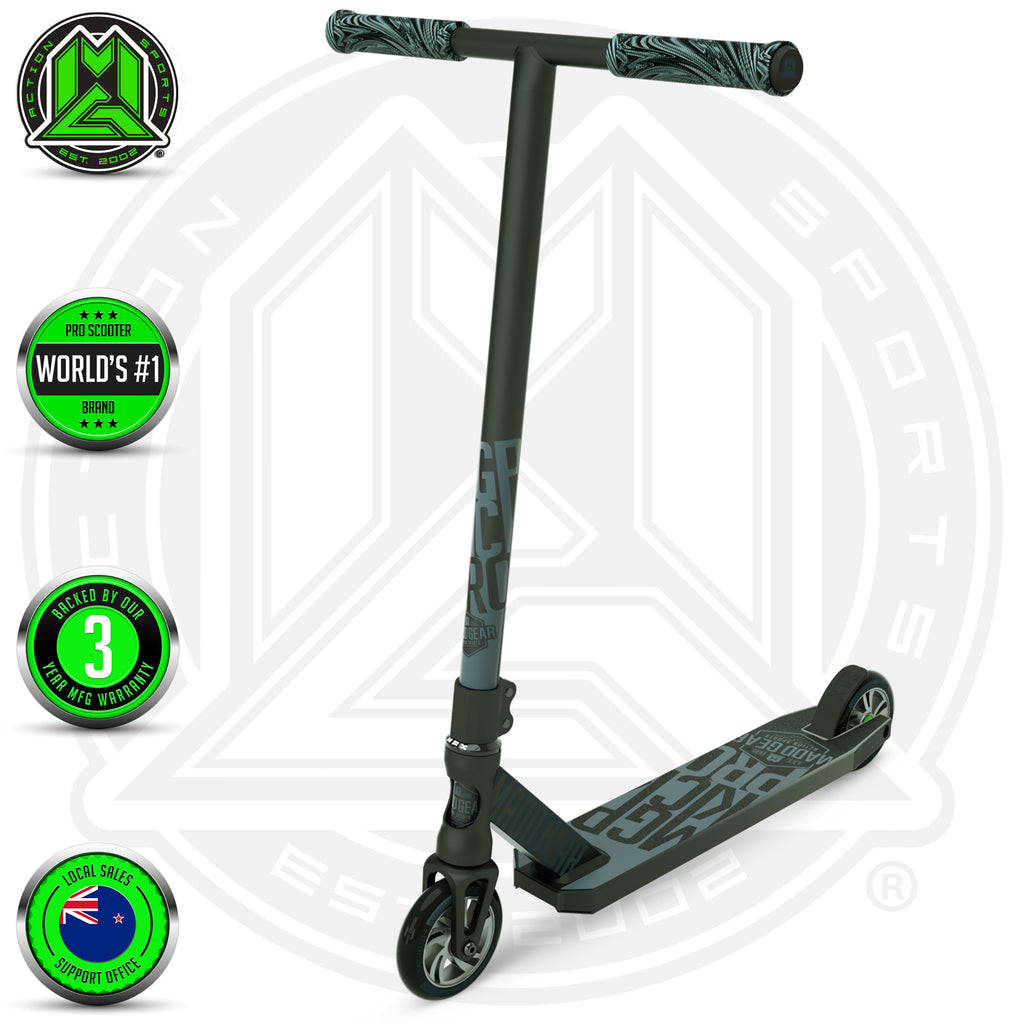 MADD GEAR KICK PRO SCOOTER BLACK / SILVER MAIN