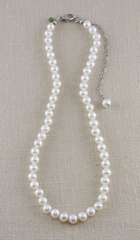 MEDIUM POTATO PEARL CHOKER WITH ADJUSTABLE LENGTH