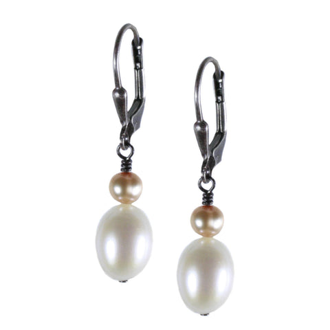 White Rice and Parchment Pearl Earring