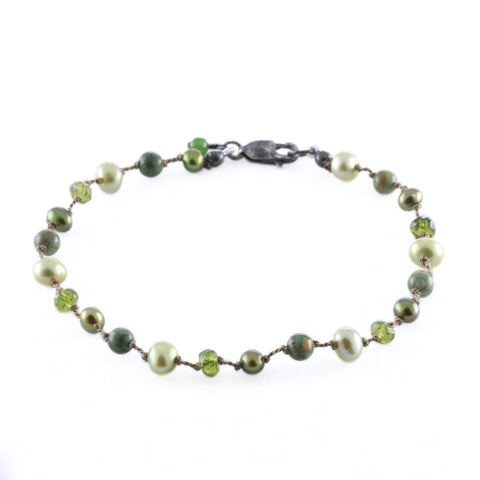 SMALL GREEN PEARL FLOATING BRACELET
