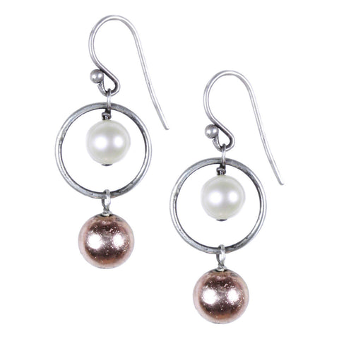 CIRCLE EARRING WITH ROSE GOLD PYRITE AND PEARL