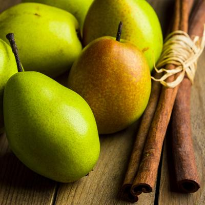 Della Terra Cinnamon Pear Dark Balsamic Vinegar