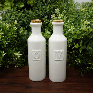 Della Terra - O + V Oil and Vinegar Bottle Set