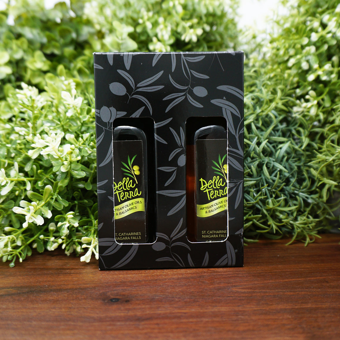 Della Terra a la Carte 2 Bottle Mini Oil and Balsamic Gift Set